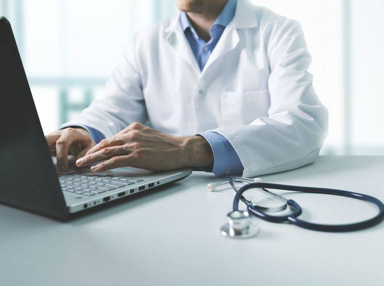 Aus medizinischen Beiträgen resultiert eine hohe Verwantwortung. Die Inhalte müssen korrekt sein.
