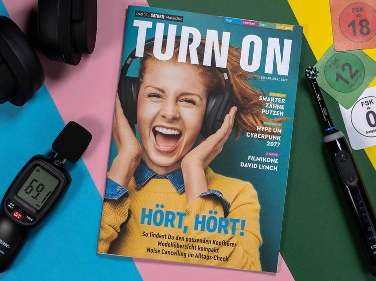 Das gedruckte TURN ON Magazin bietet crossmediales Infotainment.